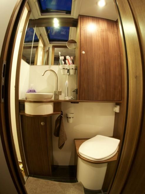 Badezimmer und WC