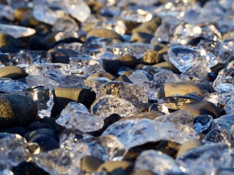 Wie Diamanten zwischen Steinen...