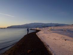 Alex am Ufer der Gletscherlagune