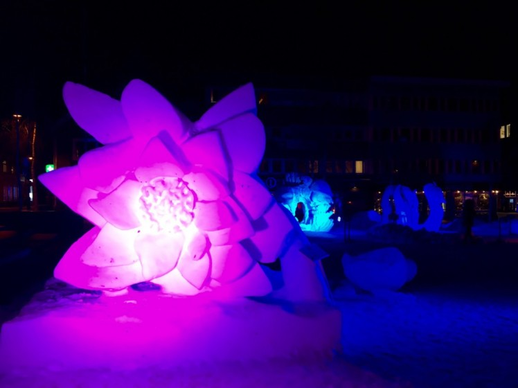 Schneeskulpturen in der Innenstadt
