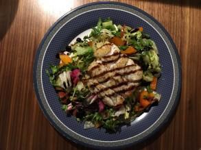 Dorsch/Kabeljau auf Salat