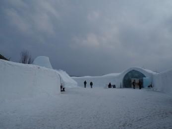 Teil der Schneehotelanlage in Jukkasjärvi