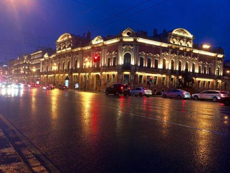 Newski-Prospekt by night (Sankt Petersburg)