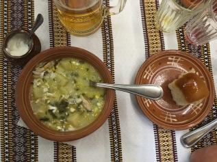 Borschtsch im ukrainischen Restaurant