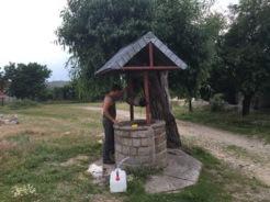 Wasserholen bei Greci