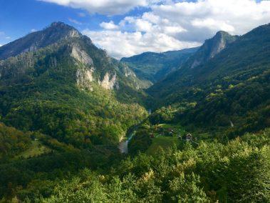Montenegro oberhalb des Flusses Tara auf der R4