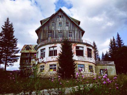 Verlassenes Hotel Black Lake