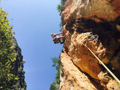 Alex in einer Kletterroute
