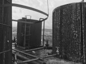 Auf einem Ölfeld in Viskos bei Ballsh