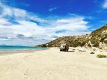 Einsame Bucht des Gianiskare Strands