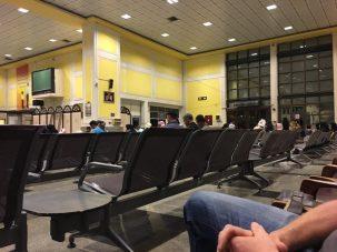 Fähre Bandar Abbas - Passagierhalle