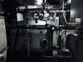 In der Fähre von Alat nach Aqtau: Reisende können überall einen Blick reinwerfen, so auch in den Maschinenraum