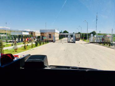 Grenzposten Usbekistan bei Denov