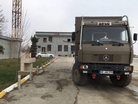 Wassertanken bei der Polizei, bei Baku