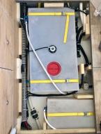 Benz - Kabelverlegung im Doppelboden