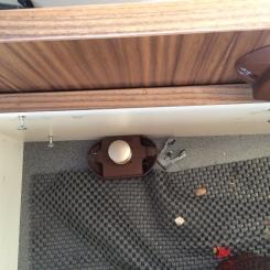 Fuso - Schrauben der Schubladenfront lösen sich immer wieder