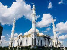 Die Hazrat Sultan Moschee