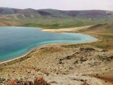 Traumhafte Buchten am Char Nuur