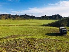 Auch das ist die Gobi: wunderschöner, ruhiger Übernachtungsplatz auf dem Weg nach Gurvantes