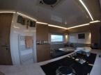 Benz Blick von der Küche nach vorne