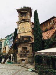 Uhrturm des Puppentheaters in Tiflis