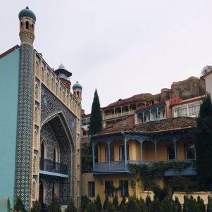 Das Orbeliani Bath House in Tiflis, das architektonisch sehr an Buchara, Usbekistan erinnert