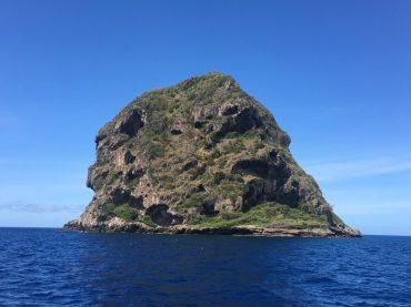 Le Diamant, ein Felsen im Süden Martiniques auf dem Weg nach Fort-de-France