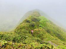 Wanderung um den Vulkankrater des Pelée