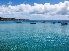 Glasklares Wasser Playa Piskado